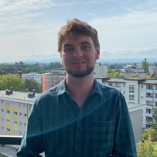 https://urbanes-lernen.obnf.de/wp-content/uploads/2019/09/MichaelSchmid.jpg