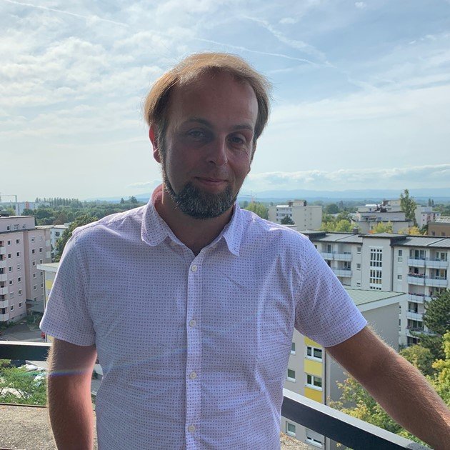 https://urbanes-lernen.obnf.de/wp-content/uploads/2019/09/MichaelSimon.jpg