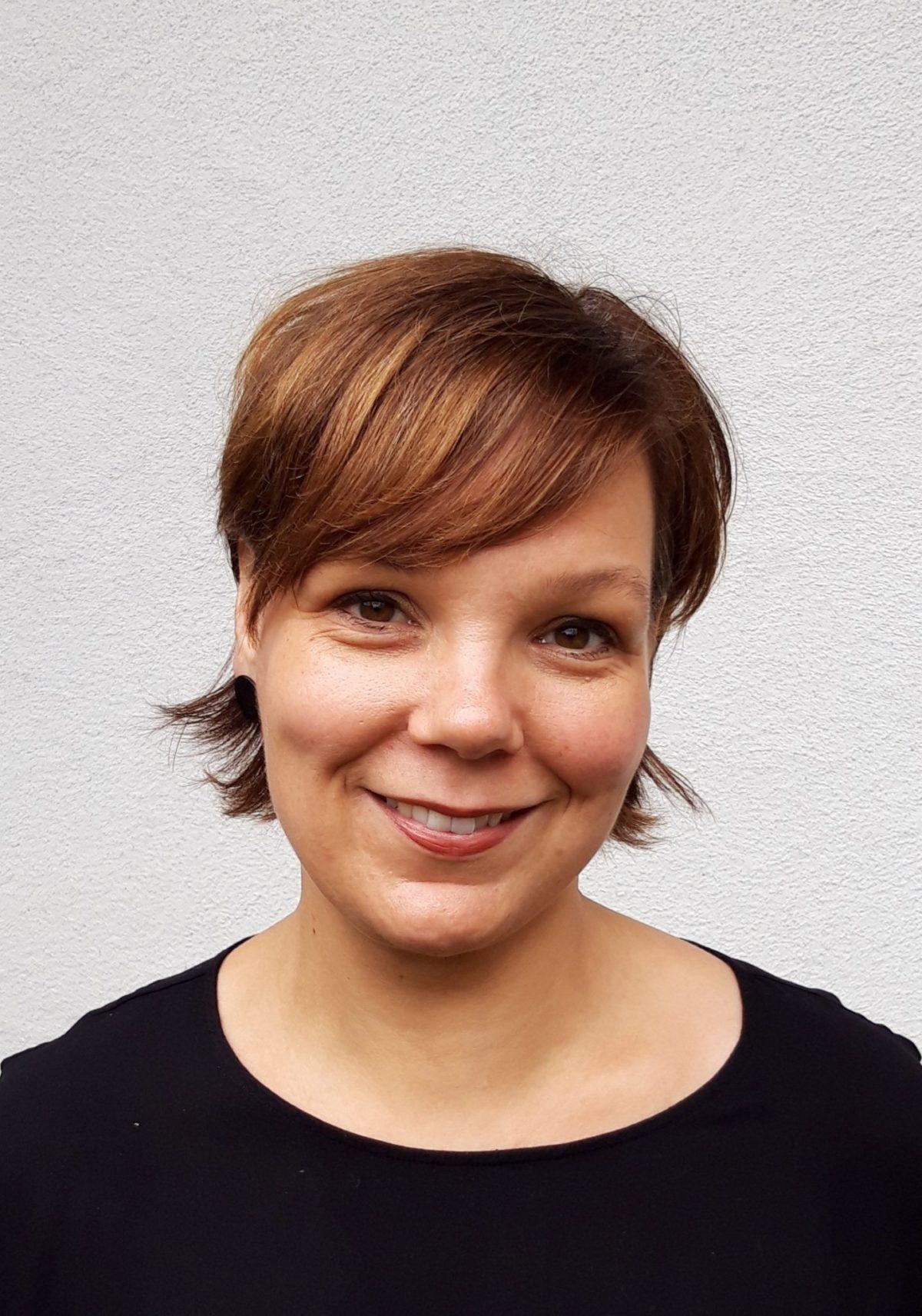 https://urbanes-lernen.obnf.de/wp-content/uploads/2020/07/Christina_Beilharz-scaled-e1593705440105.jpg